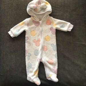Disney baby hooded coverall size 0-3months (000)